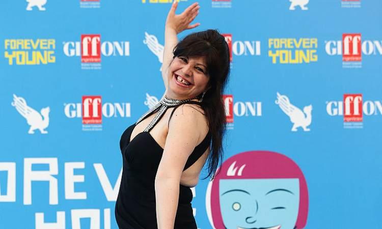 Sconsolata di Zelig sorridente al Giffoni film festival