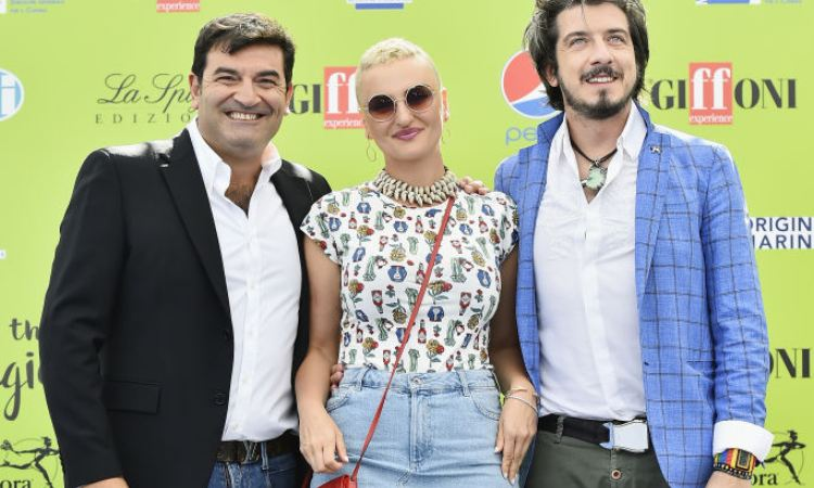 Ruffini, Arisa e Giusti in posa per i fotografi