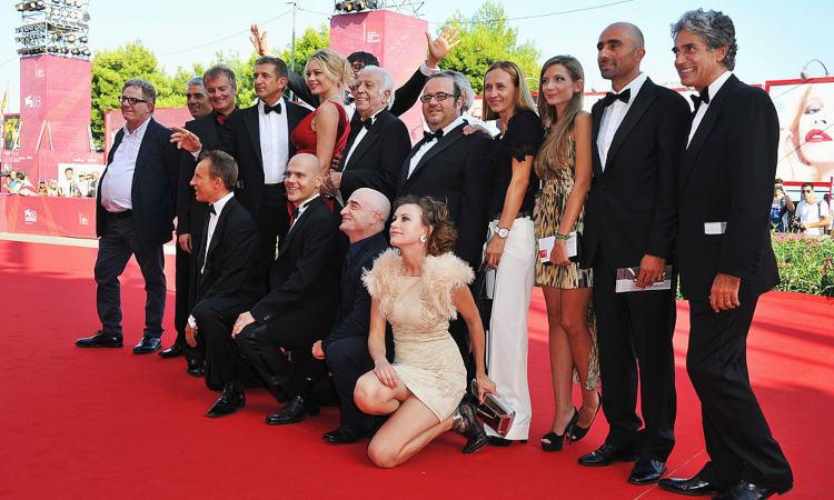 """Una foto del cast """"Box office 3D"""""""
