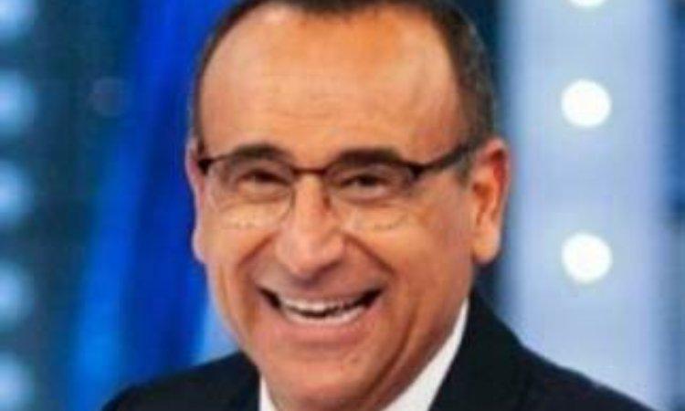 Carlo sorride primo piano