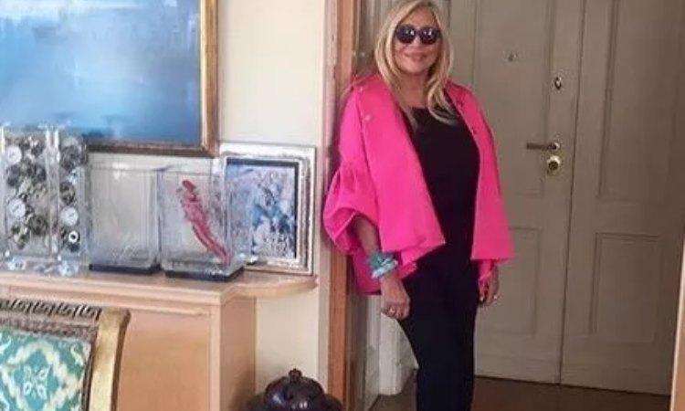 Mara Venier nella sua casa