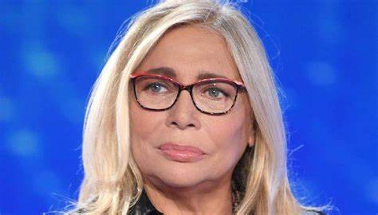 Mara Venier occhiali