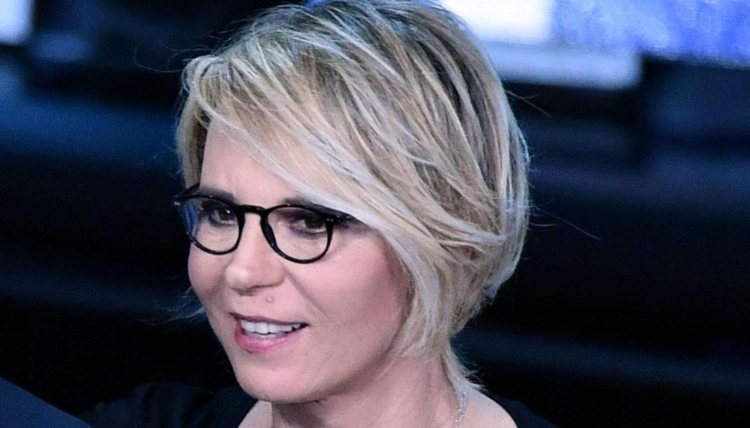 Maria De Filippi occhiali