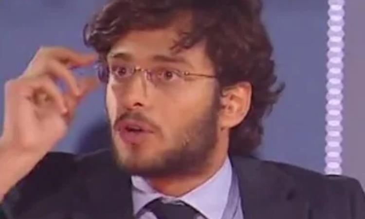Davide Baroncini fotografato mentre parla