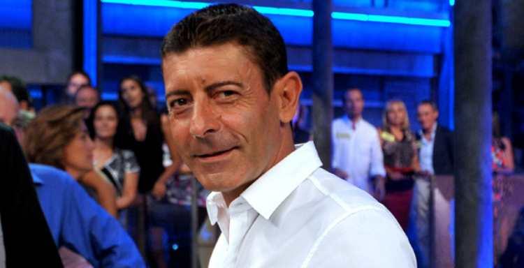 Luca Laurenti camicia bianca